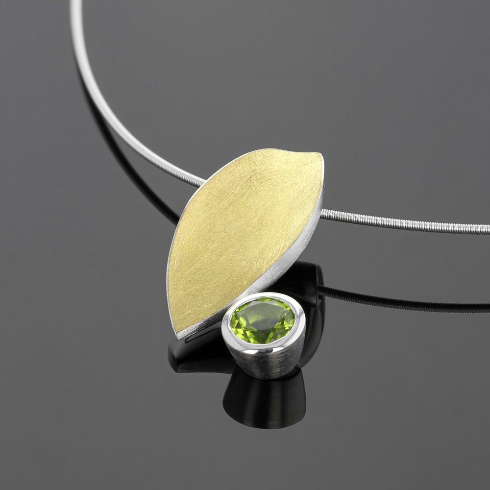 Golden leaf pendant