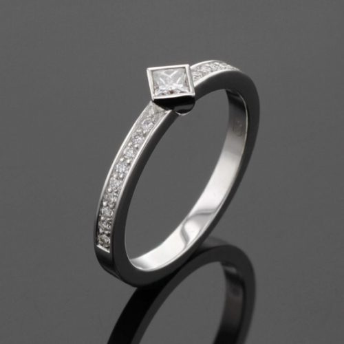 Diamond engagement ring , princess cut