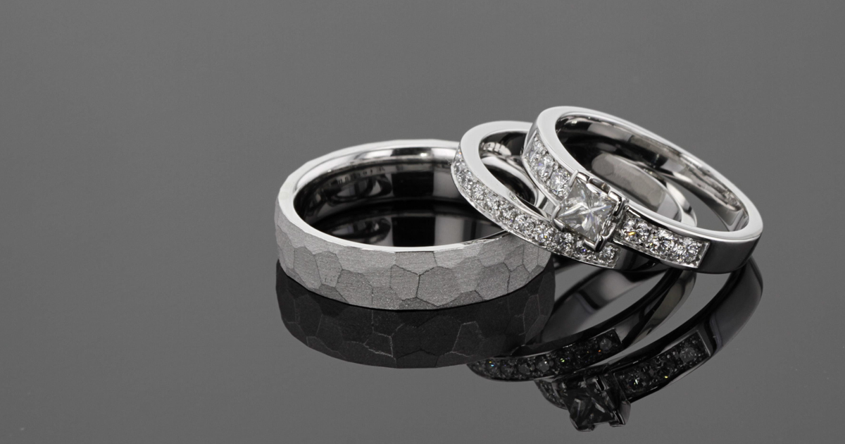 White gold wedding and engagement rings with diamonds, Mauritius