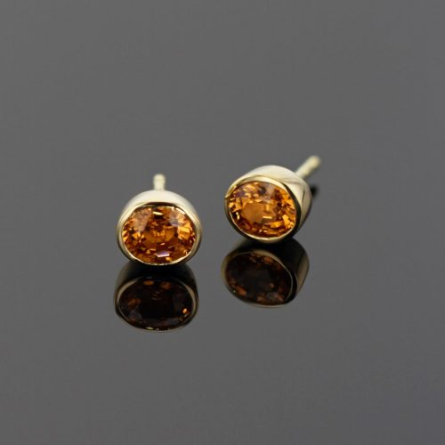 gold studs with Mandarine Garnets